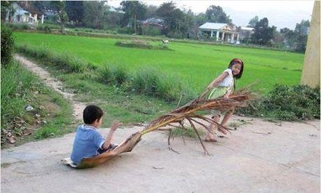 Nhung phuong tien di chuyen 'doc dao' cua tre tho - Anh 1