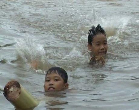 Nhung phuong tien di chuyen 'doc dao' cua tre tho - Anh 2