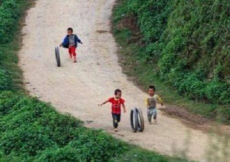 Nhung phuong tien di chuyen 'doc dao' cua tre tho - Anh 4