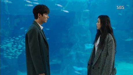 Huyen thoai bien xanh tap 3: Lee Min Ho mat ky uc sau nu hon voi Jun Ji Hyun - Anh 10