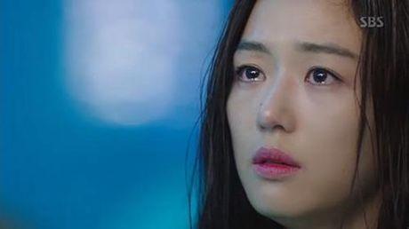 Huyen thoai bien xanh tap 3: Lee Min Ho mat ky uc sau nu hon voi Jun Ji Hyun - Anh 8