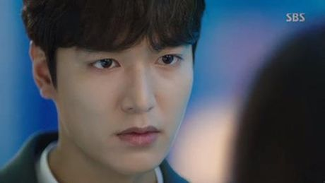 Huyen thoai bien xanh tap 3: Lee Min Ho mat ky uc sau nu hon voi Jun Ji Hyun - Anh 9