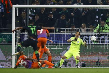 Messi lap cu dup, Barcelona vung ngoi dau bang - Anh 6