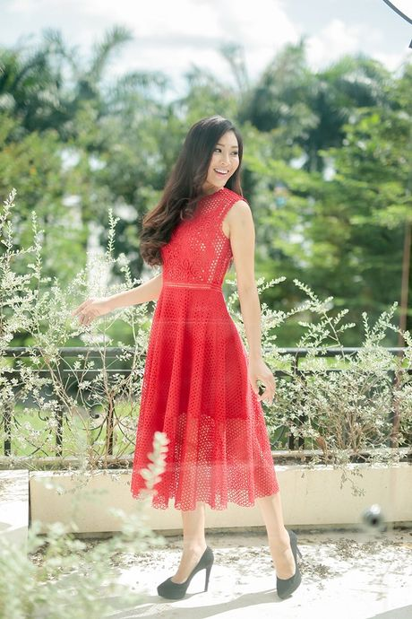 Hoa khoi Dieu Ngoc lam viec 16h lien tuc truoc khi len duong du Miss World - Anh 12