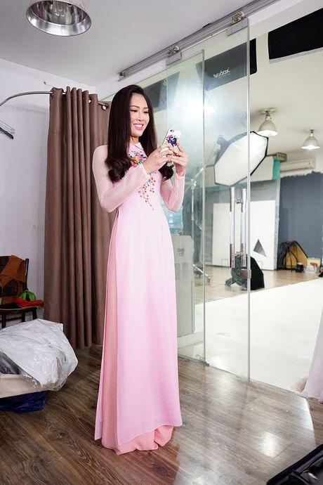 Hoa khoi Dieu Ngoc lam viec 16h lien tuc truoc khi len duong du Miss World - Anh 3