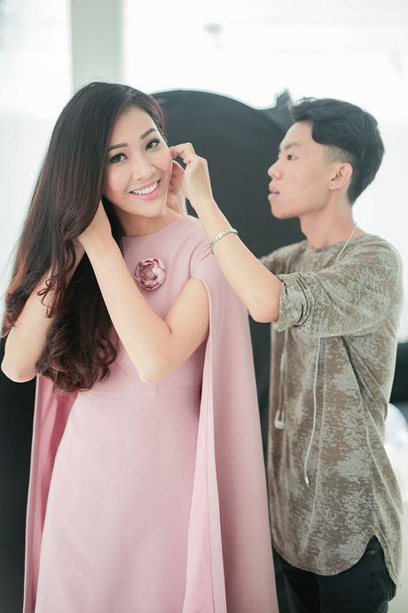 Hoa khoi Dieu Ngoc lam viec 16h lien tuc truoc khi len duong du Miss World - Anh 8