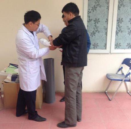 Hoan tat cao trang truy to Chu tich HDQT Truong Tieu hoc Lomonoxop Nguyen Vinh Tam - Anh 4