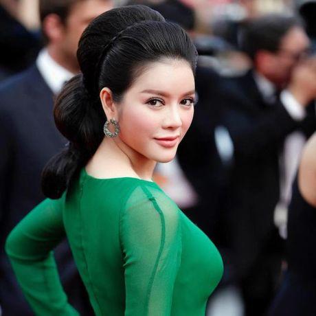 Ly Nha Ky duoc fan tang danh hieu 'ba chua danh ngon' - Anh 4