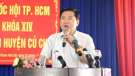 Ong Dinh La Thang tiep xuc cu tri: Nong van de o nhiem moi truong, nuoc sach - Anh 2
