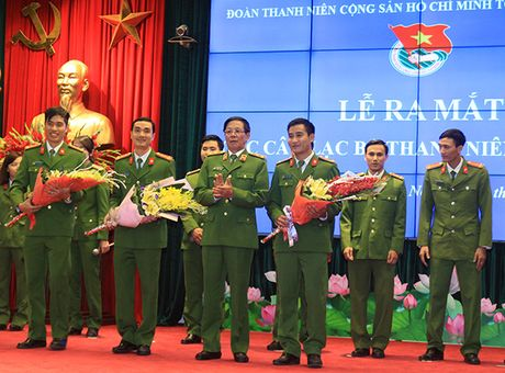 Doan Thanh nien Tong cuc Canh sat thanh lap 3 CLB thanh nien - Anh 1