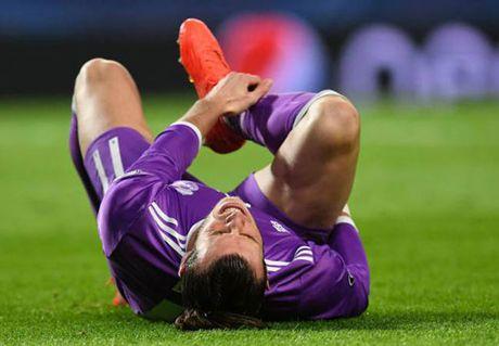 Real: Bale nghi El Clasico, Ronaldo dua soc - Anh 1