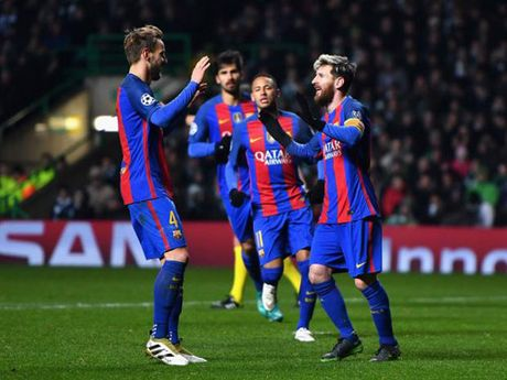 Barca thang tro lai: Co Messi la co tat ca - Anh 2