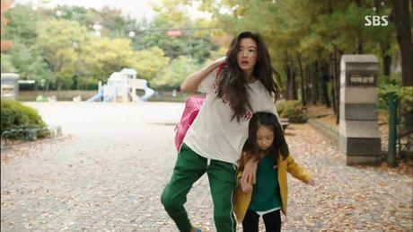 Xem phim Huyen thoai bien xanh tap 3: Lee Min Ho quen 'sach' ve tien ca Ji Hyun - Anh 4