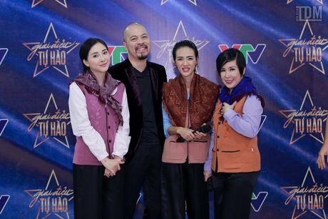 Duc Hung banh bao, lich lam ben MC Diem Quynh - Anh 8