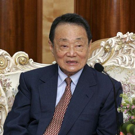 Robert Kuok: 'Vua duong Chau A' so huu hang chuc doanh nghiep khong lo - Anh 1