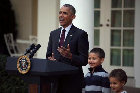 Obama 'doi' con gai, dat chau trai den le an xa ga tay - Anh 2