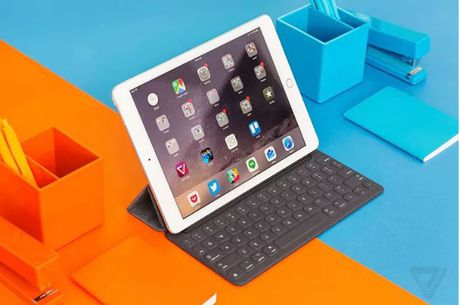 Apple se tung ra mau iPad 10.5 inch trong nam 2017 - Anh 1