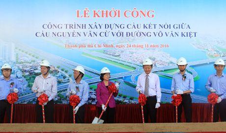 Noi cau Nguyen Van Cu voi dai lo hien dai nhat TP HCM - Anh 1