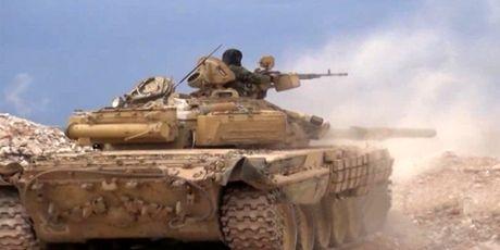 Phe thanh chien tan cong du doi quan doi Syria o bac Hama - Anh 1