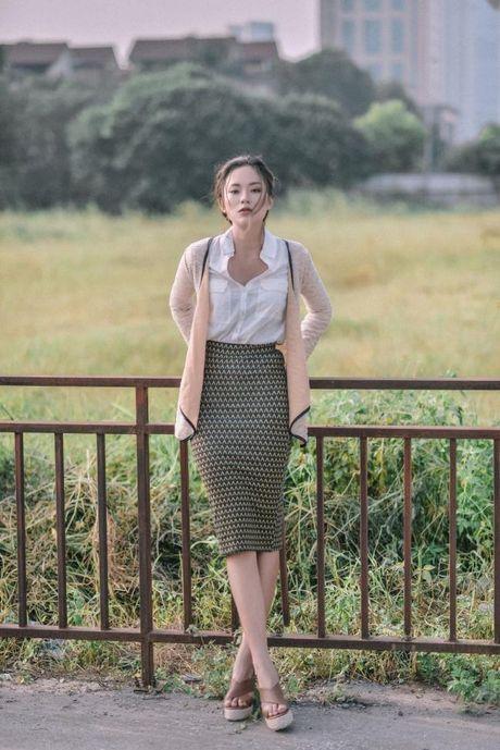 Fashionista Thu Anh va Dieu Ly: Cuoc chien nhan sac va phong cach nhung ngay dau Thu Ha Noi - Anh 8