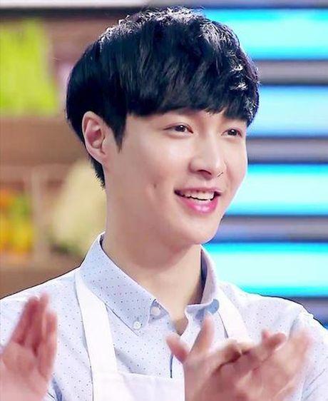 Mon qua 'khung' nguoi ham mo tang Song Hye Kyo nhan ngay sinh nhat la gi? - Anh 4