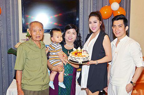 Khoi benh, Phi Thanh Van mo tiec mung tho me - Anh 8