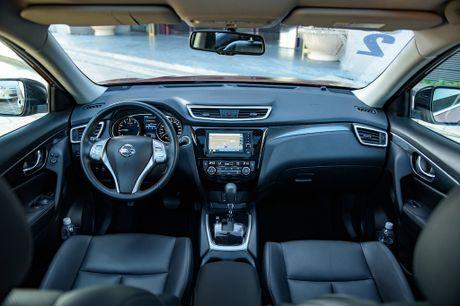 Gia tu 998 trieu dong, Nissan X-Trail lay gi de canh tranh Mazda CX-5 - Anh 4