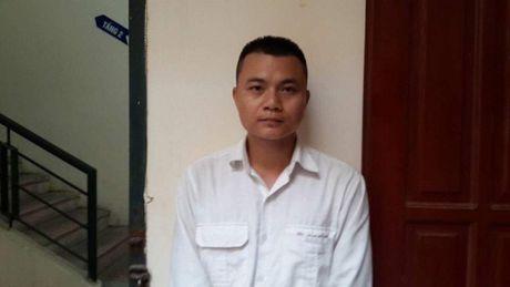 Ha Noi: Khoi to taxi keo le can bo cong an phuong 10 met - Anh 1