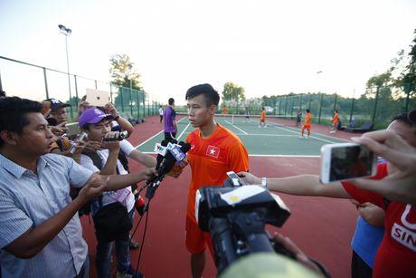 Que Ngoc Hai: 'Cong Phuong can nhieu trai nghiem de tien bo' - Anh 1