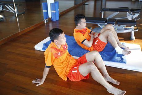 Que Ngoc Hai: 'Cong Phuong can nhieu trai nghiem de tien bo' - Anh 3
