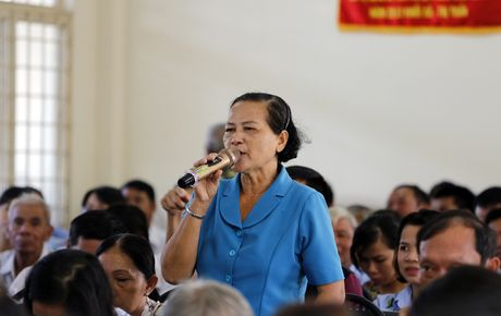 Cu tri phan anh voi Bi thu Dinh La Thang: Vo liet si tai gia can bo, che do cao hon dan thuong - Anh 2