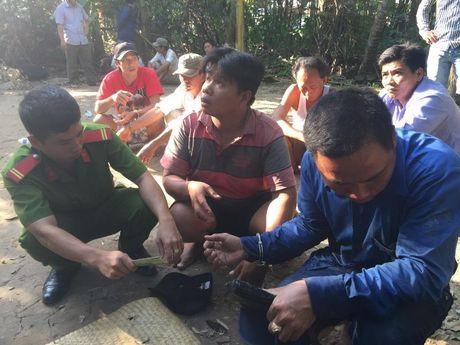 Tien Giang: Pha truong ga, bat 34 nghi can - Anh 1