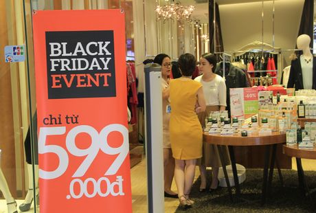Black Friday: Co hoi de 'xa' hang cu - Anh 2
