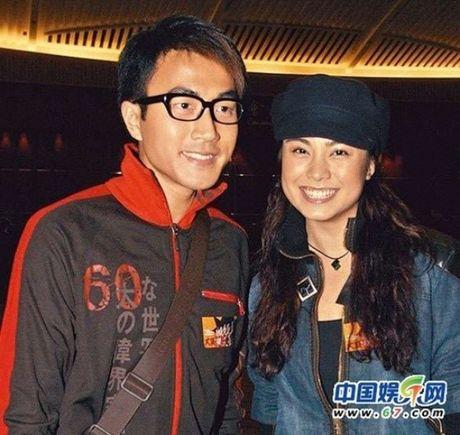 Ho so tinh ai 'luon cap ban dien' cua chong Duong Mich - Anh 3