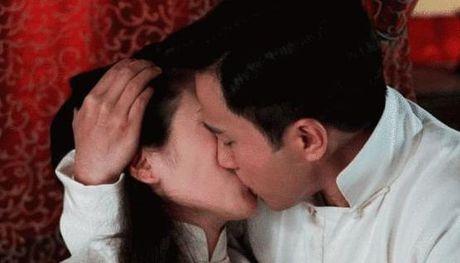 Ho so tinh ai 'luon cap ban dien' cua chong Duong Mich - Anh 7