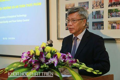 DH Quoc gia Ha Noi khai truong phong thi nghiem trong diem Cong nghe phan tich - Anh 1