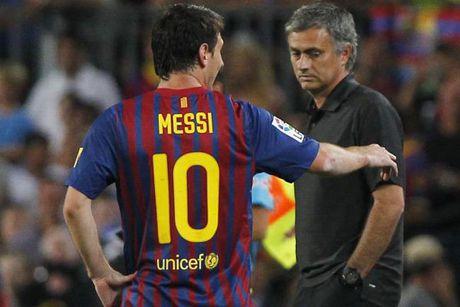 Mourinho len tieng ve phi vu 'cuom' Messi - Anh 1