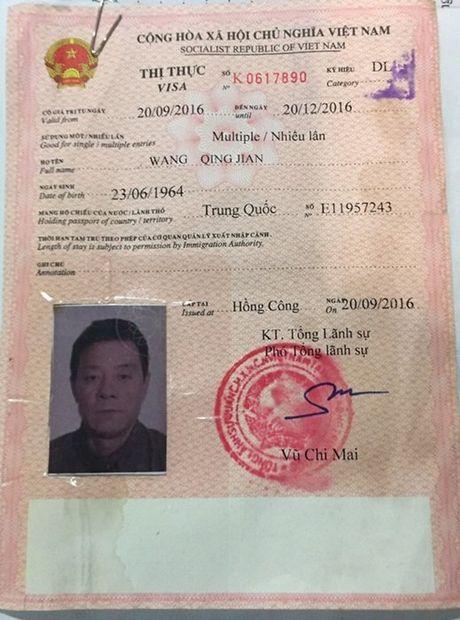 Khach TQ trom hon 400 trieu tren chuyen bay Sai Gon-Da Nang - Anh 2