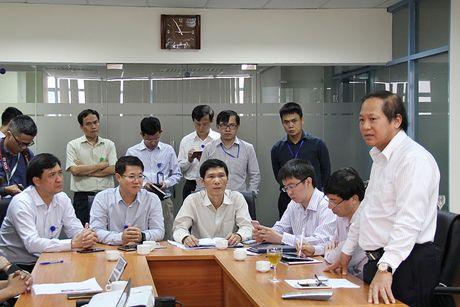 "Bo truong Truong Minh Tuan: Neu phat hien SIM ""rac"" se xu ly nguoi dung dau 5 nha mang - Anh 1"