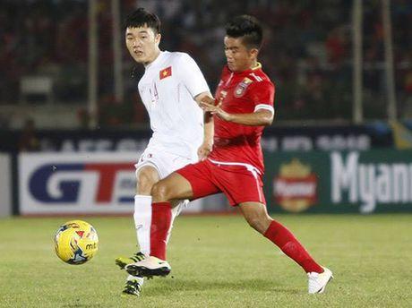 HLV Trieu Quang Ha: 'Trong Hoang ghi ban nhung Xuan Truong hay nhat' - Anh 2