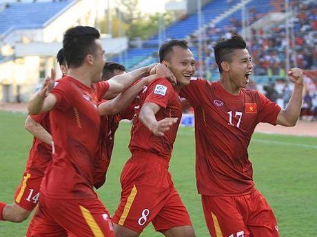 HLV Trieu Quang Ha: 'Trong Hoang ghi ban nhung Xuan Truong hay nhat' - Anh 3