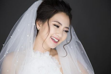 Ngoc Lan goi y cach trang diem co dau tu nhien nhu khong, khong bao gio loi mot - Anh 3