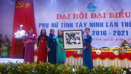 Ba Vo Thi Bach Tuyet tai dac cu Chu tich Hoi LHPN tinh Tay Ninh - Anh 2