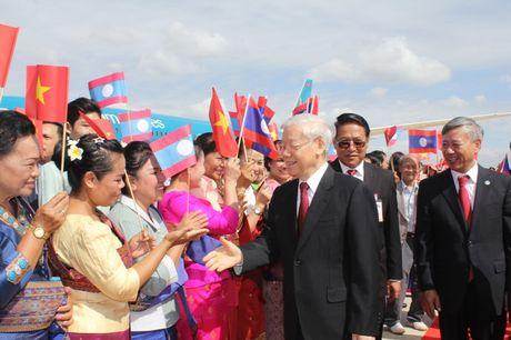 Hinh anh: Le don trong the Tong Bi thu Nguyen Phu Trong tai Vientiane - Anh 4