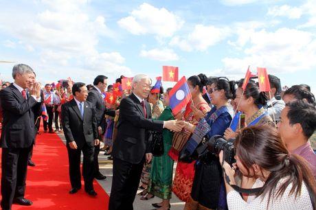 Hinh anh: Le don trong the Tong Bi thu Nguyen Phu Trong tai Vientiane - Anh 5