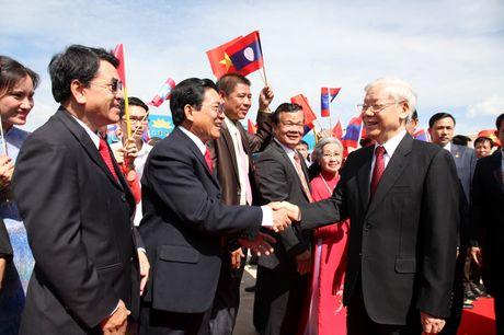 Hinh anh: Le don trong the Tong Bi thu Nguyen Phu Trong tai Vientiane - Anh 6