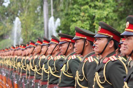 Hinh anh: Le don trong the Tong Bi thu Nguyen Phu Trong tai Vientiane - Anh 9
