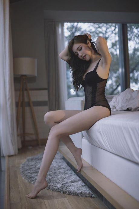 Elly Tran tu nguoi bi me chui thanh hot girl sexy van nguoi me - Anh 12