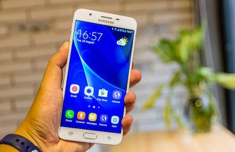 Top smartphone cau hinh tot, duoi 7 trieu dong - Anh 3