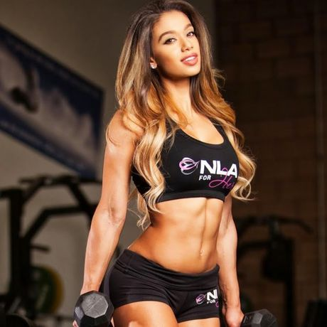 Muon tap gym ngay khi thay my nu Brazil goi tinh nay - Anh 10